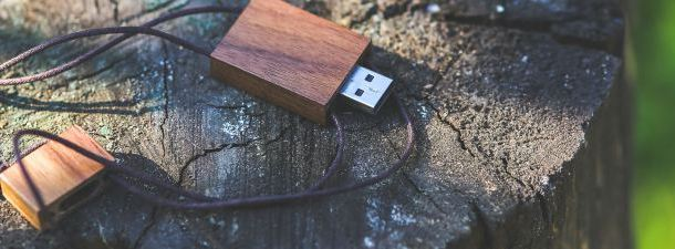 How to create a bootable flash drive to install or repair Windows